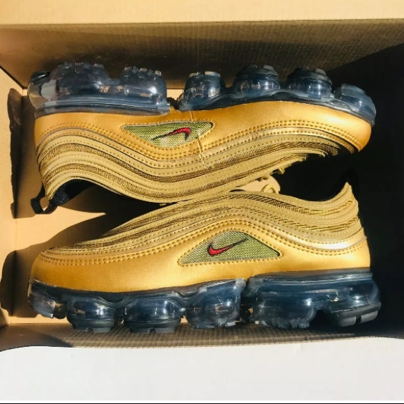 new product f4c42 8ab4a Nike Air Max '97 Vapormax GS Metallic Gold/Red NWT